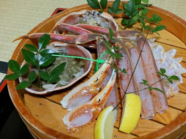 松葉ガニタグ付き活蟹